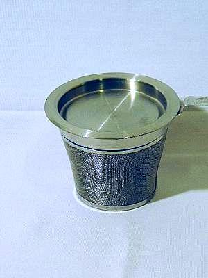 Edelstahl-Teefilter mit Abtropfschale V