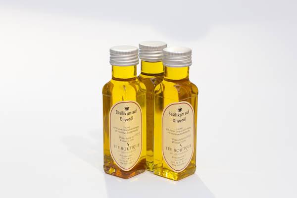 """Olivenöl """" Basilikum"""""""